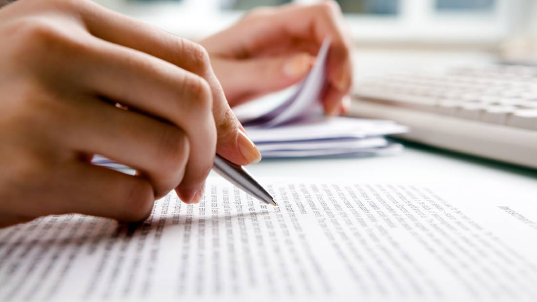 What Is an Association Estoppel and What Needs to Be Included in It?